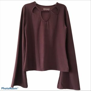 Mudd 3 Keyhole Long Sleeved Fitted Top